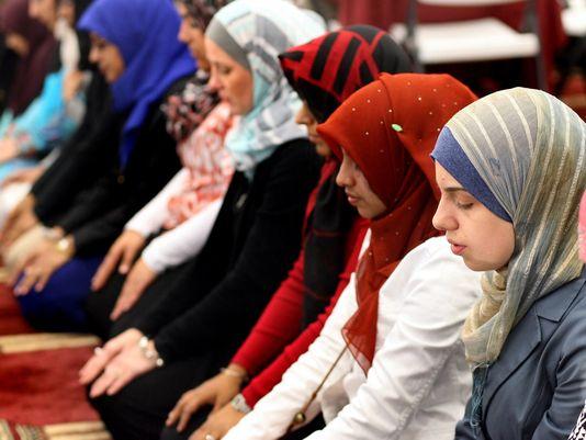 gan-rel-mosque-opens-111912-4-4_3